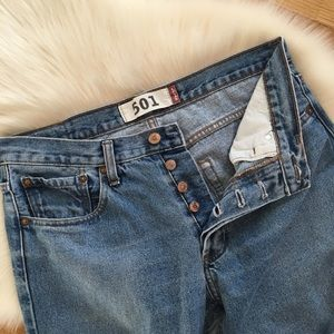Levi 501 Relaxed Straight Leg Jeans